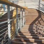 המדרגות לקומה השניה במתחם