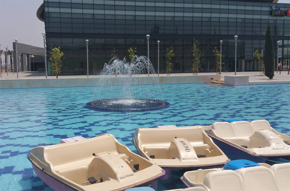 תעריפי השכרת סירות באגם לה פארק חולון