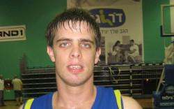 שון דניאל חתם לשנתיים בהפועל חולון