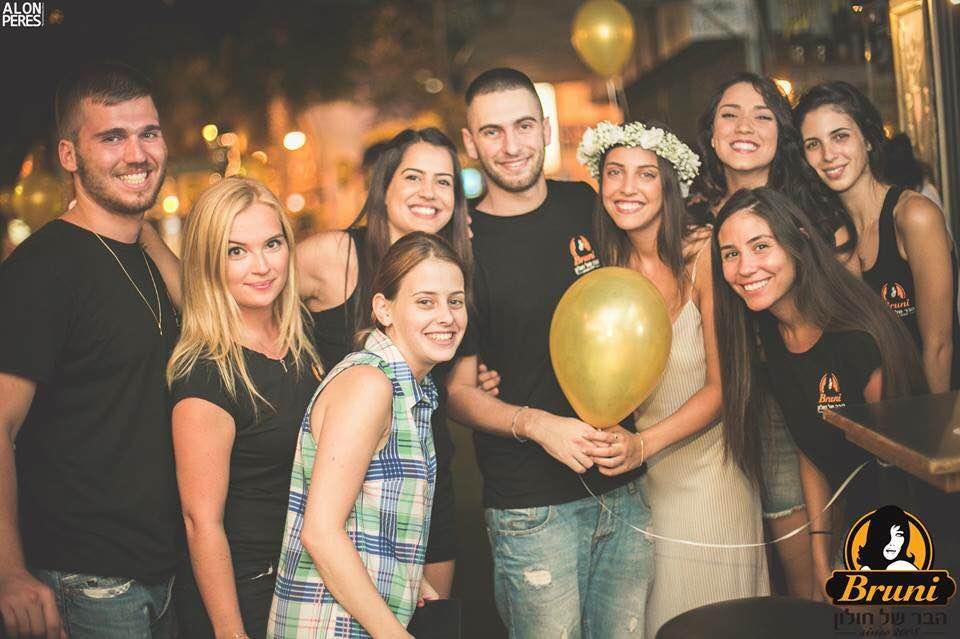 צוות הברוני 2014 בתמונה קבוצתית. צילום אפי יוספי